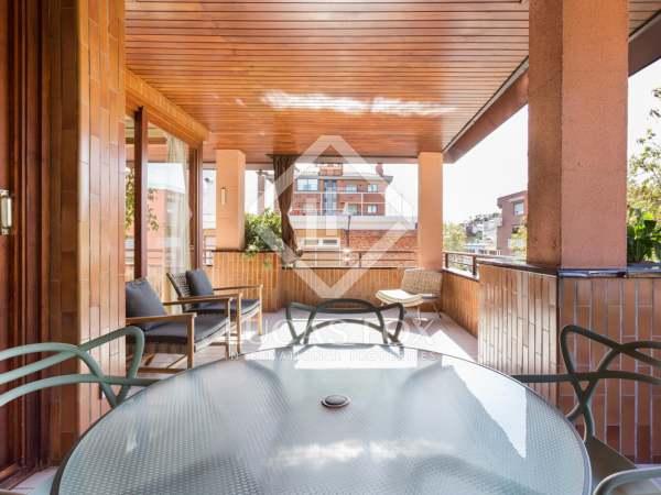 terraza-balcón en Tres Torres- áticos de lujo